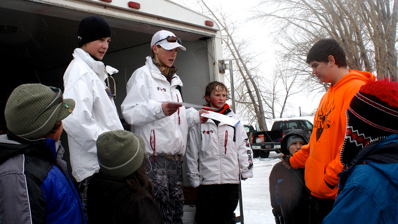 Kamik sponsors 222 ice fishing event feb 2014 twin for Small fishing sponsors